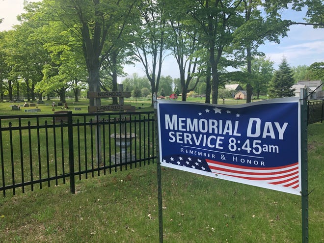 A Memorial Day service will be held at the Norwood Lakeside Cemetery.