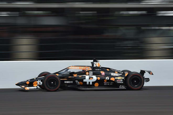 Rinus VeeKay put the #21 Bitcoin Chevrolet IndyCar on the outside of the front row.