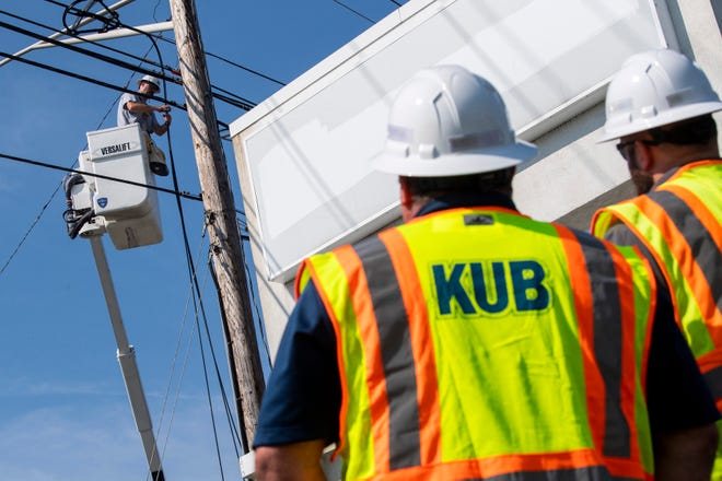 Knoxville Utilities Board has been approved to offer broadband services to its customers.
