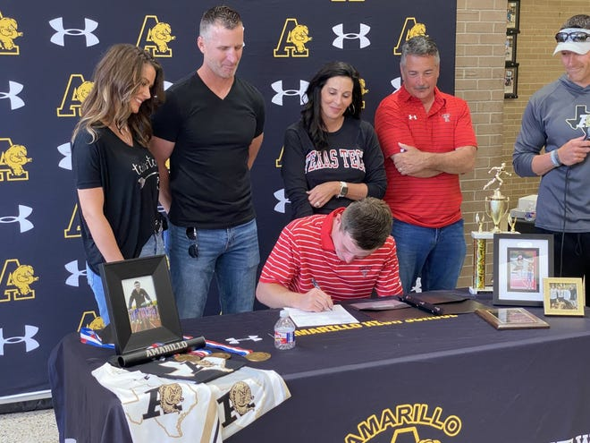 Amarillo High's Trey Thomas signs his National Letter of Intent with the Texas Tech University track program.