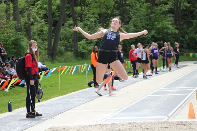 Mount Union's Kennady Gibbins qualified for this week's NCAA Division III Outdoor Track and Field Championships in the women's heptathlon, high jump and long jump.