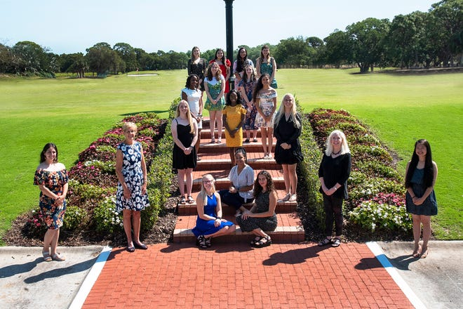 The Oaks Women's Club received roughly 50 applications before deciding on their 2020 scholarship winners (from top left): Erica Schmitt; Chloe Bernal; Trina Hughes; Sophia Coscia; Abigail Dale; Aeryal Bryen; Ausiana Laguerre; Jovanna Patino-Murillo; Madelyn Kona; Brianna Witlarge-Isaacs; Olivia Sleight; Samantha Asselin-Cazares; scholarship chair Beth Gehring ; Madison Studt-Campbell; Zionna Williams; Dana Molina; scholarship co-chair Marti Byers; and Rosenna Chan.