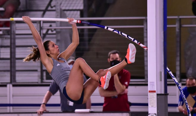 Washburn's Virgi Scardanzan heads to this week's NCAA Division II National Championships as the top pole vaulter in the nation, looking to become the Ichabods' first NCAA champion.