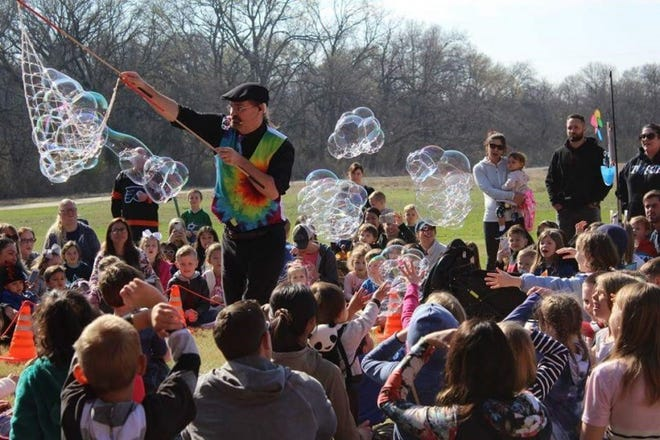 Bubble Master Brett Roberts is one of several special events the Van Alstyne Public Library has planned this summer.