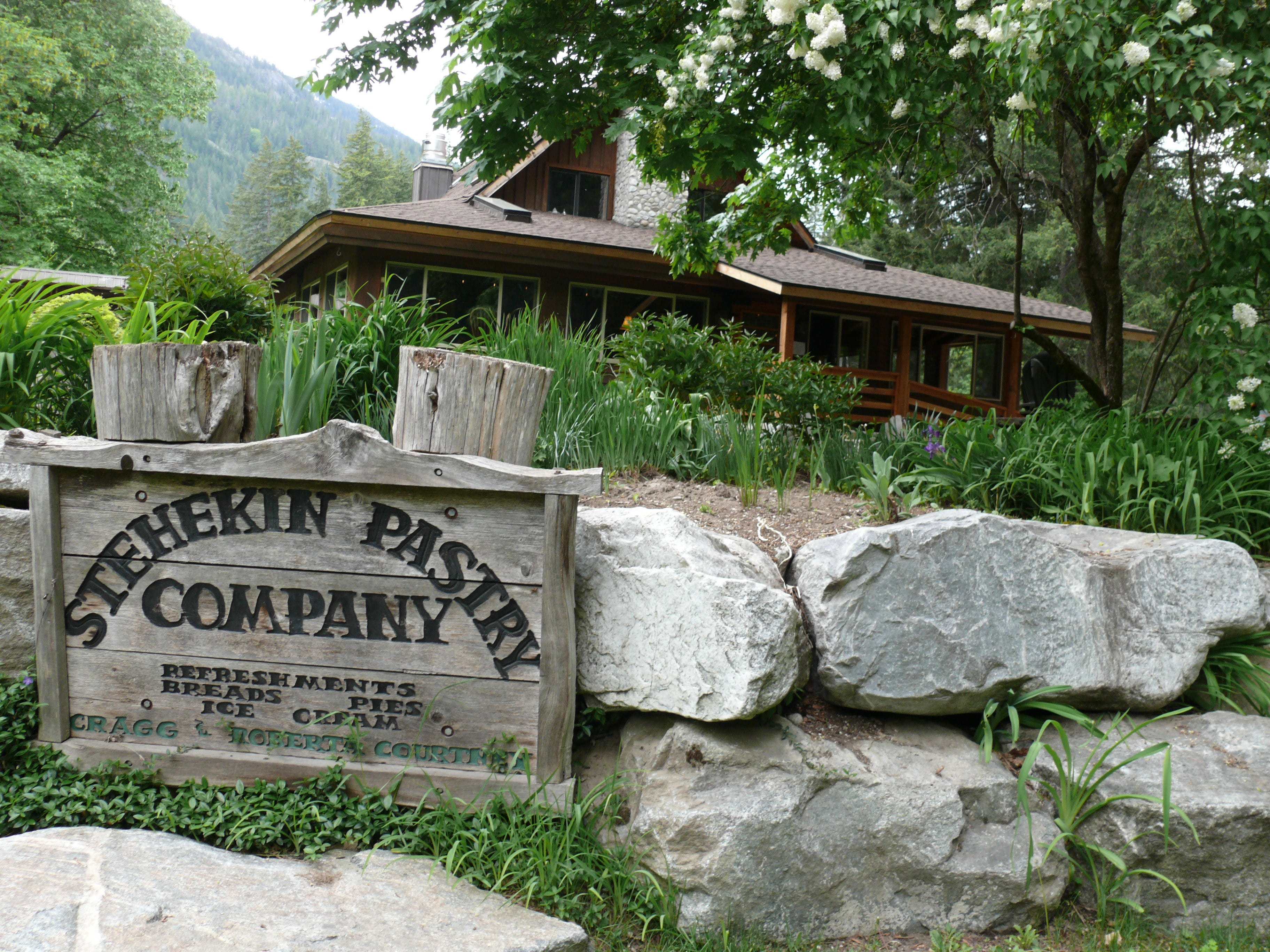 Want an alpine getaway without leaving the US? Try Chelan, Washington