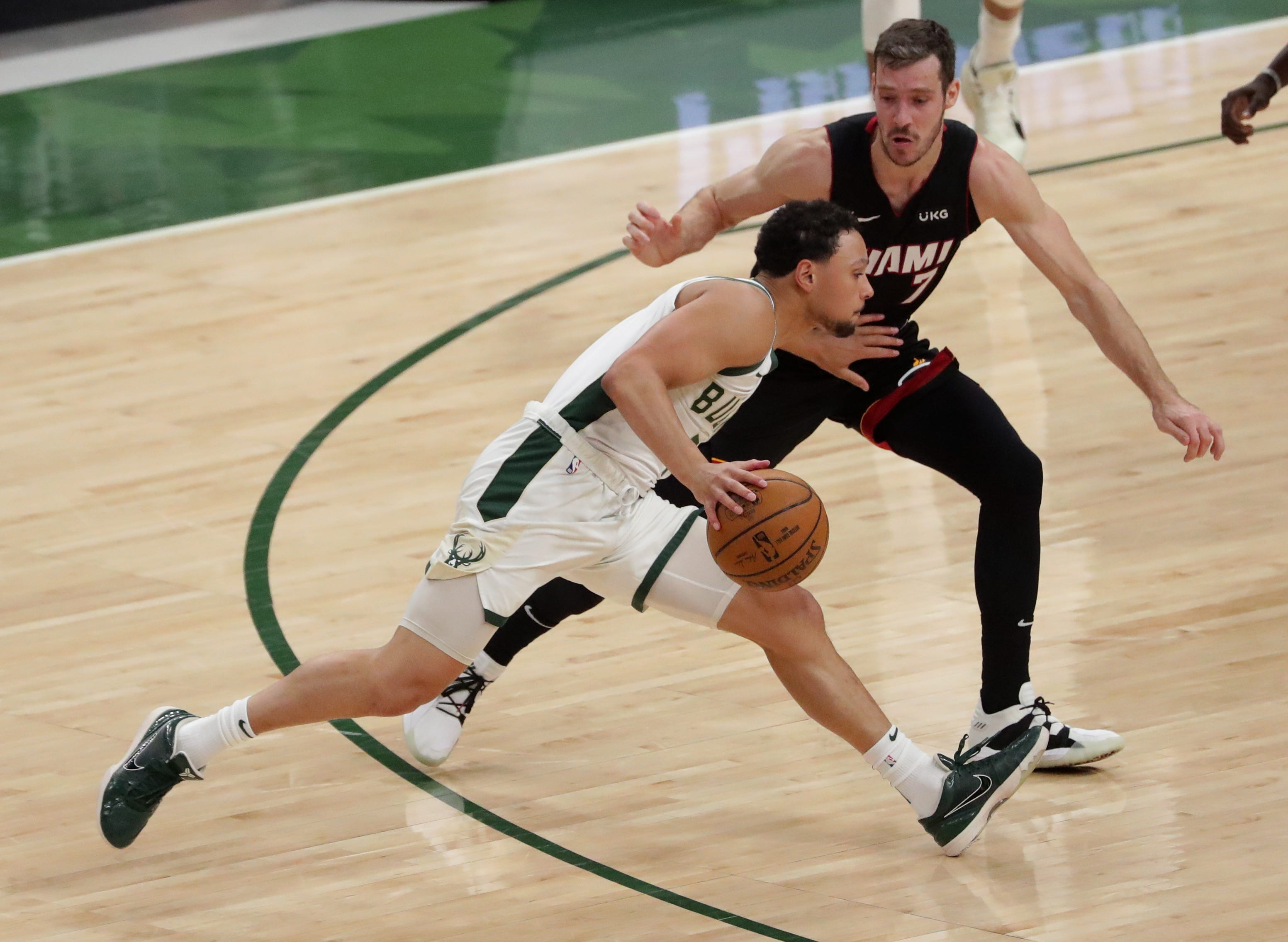 Bryn Forbes' hot start sparks an offensive explosion as Bucks rout Heat in Game 2