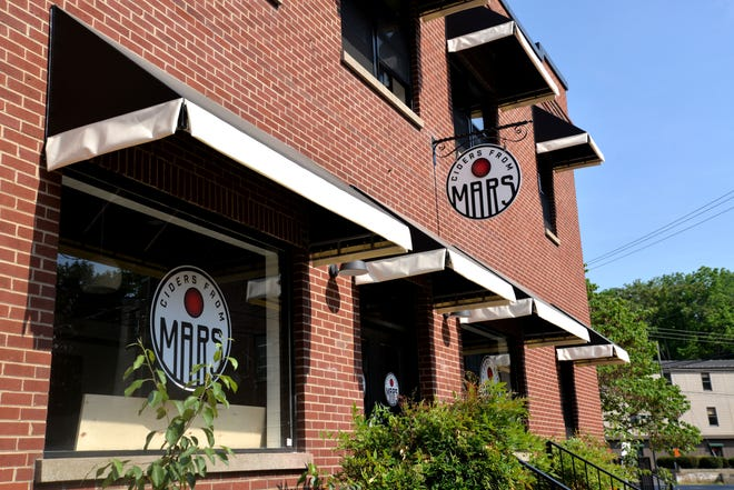Ciders from Mars in Staunton will open at the former Black Dog Bikes shop on Lewis Street Memorial Day weekend. The cidery offers ciders on the drier side with hints of sweetness in some varieties.