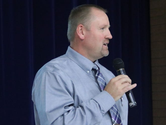 Dr. Lance Hatch has been named as the new superintendent of the Iron County School District beginning July 1, 2021.