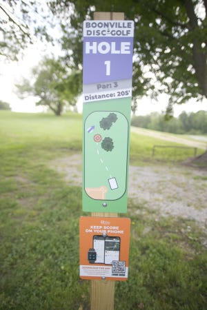 Signage has been added to each hole to give disc players the length and layout for that particular hole in addition to a barcode on the pole to allow players to log in and keep score.