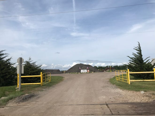 Vogts Materials is wanting to expand its operations on Old 81 near Newton, a location that the company uses to mine and sell top soil, sand and aggregates.