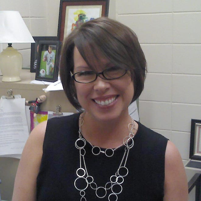 Lesa Carnes Shaul, a graduate of Albertville High School, is a professor of English at the University of West Alabama (formerly Livingston University).