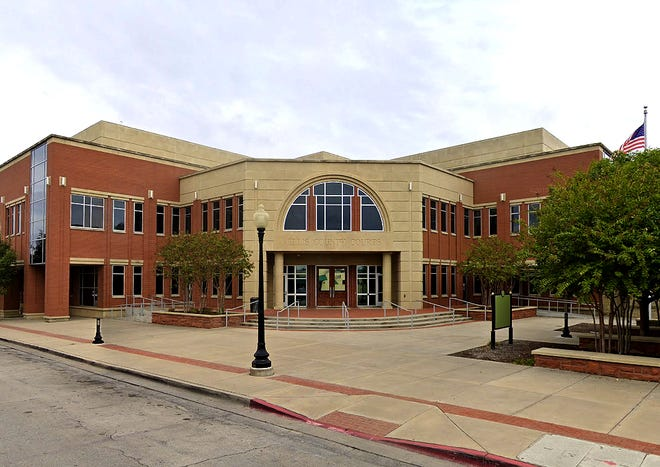 The Ellis County Courts building at 109 S. Jackson St. in Waxahachie.