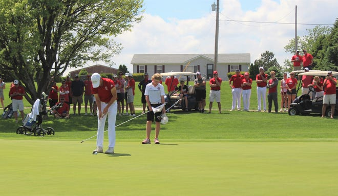Junior Deitrek Gill getting ready to putt on hole 18 to claim the KSHSAA Individual Title and 4A State Title for Wellington at Mariah Hills Golf Course in Dodge City, Kansas