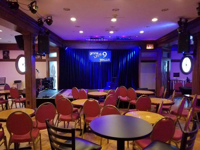 9 Wallis è un luogo intimo per esibizioni dal vivo nel centro di Beverly.