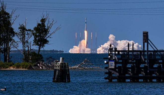 Spectators parked along the Beachline near the Banana River bridge to watch the launch of a SpaceX Falcon 9 rocket carrying  Starlink satellites. The rocket launched at 2:59 p.m. Wednesday afternoon from Launch Complex 40 at Cape Canaveral Space Force Station.