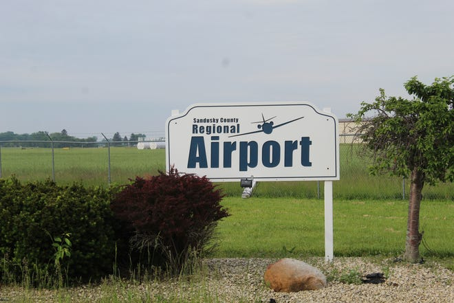 The Federal Aviation Administration has awarded a $144,000 grant to the Sandusky County Regional Airport Authority and County Commissioners to reconstruct 6,000 square yards of apron pavement that has reached the end of its useful life at the airport.
