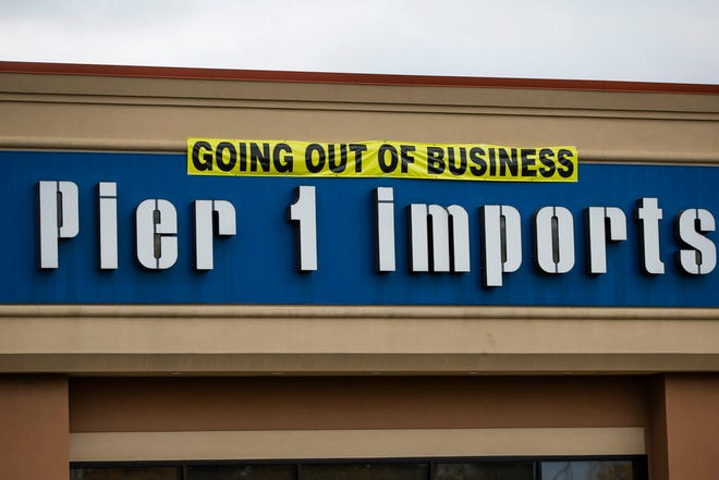 The exterior of the former Pier 1 Imports location Monday, Oct. 12, 2020 in Mishawaka.