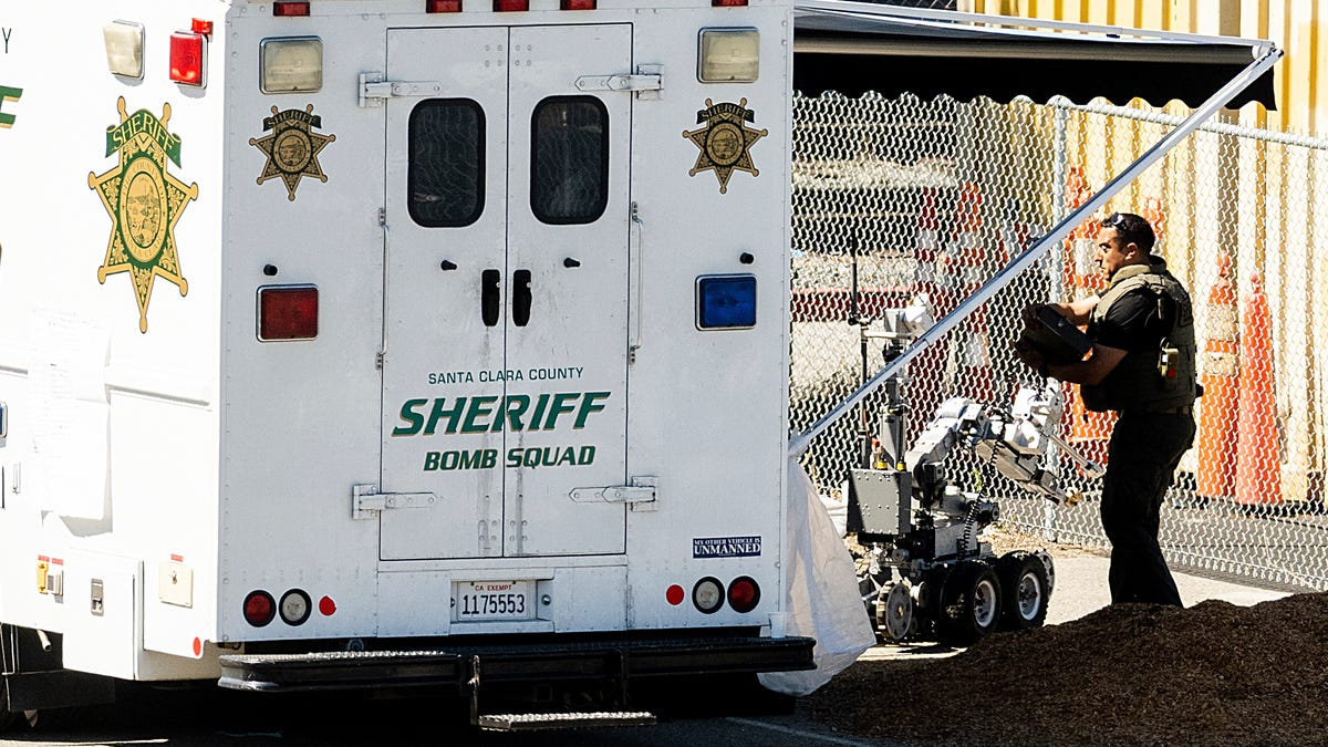 Sheriff: Gunman appeared to target some victims at rail yard 3