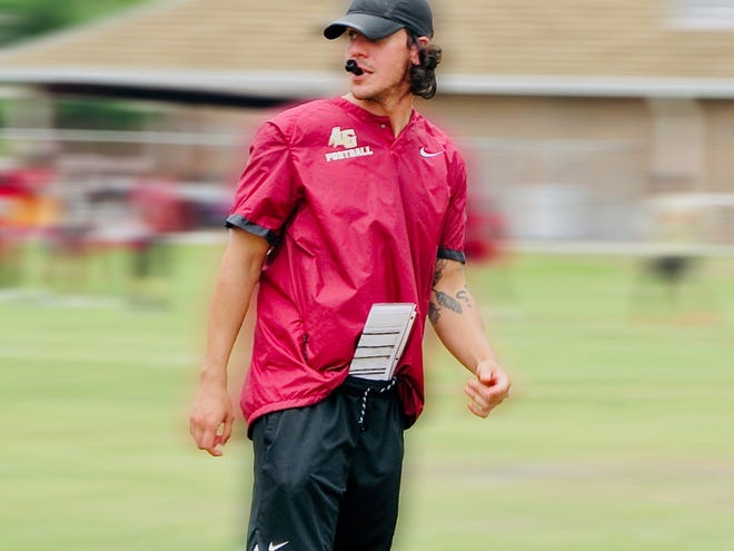 Keith Barefield Jr., who joined the Lake Gibson coaching staff this spring as offensive coordinator, was named the new head coach on Friday.