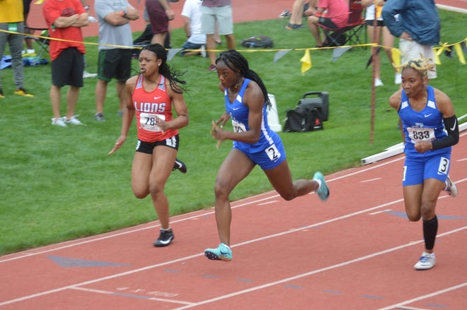 Shown from left is Zayliah Bronson and Leavenworth juniors Dhakiya Blake and Wynter Ramos competing in the 100-meter dash.