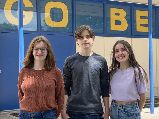 From left to right: Mount Shasta High School's Class of 2021 salutatorian Anna Bleazard and valedictorians Joshua Bonivert and Madison Brown.