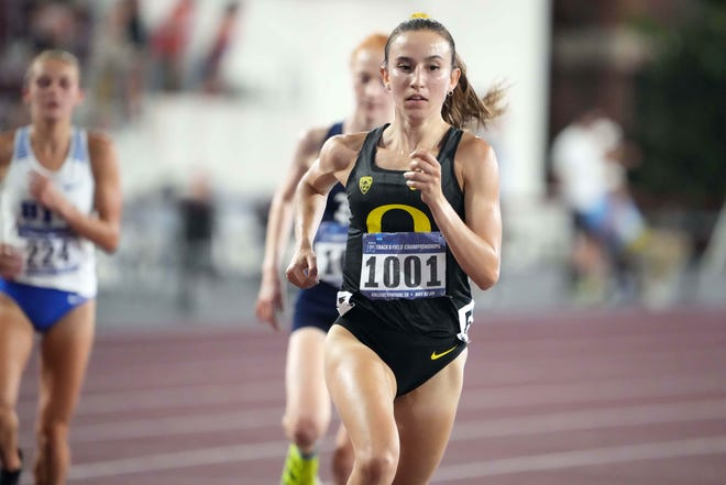 Carmela Cardama Baez of Oregon places second in the women's 10,000 meters in 33:30.36 during the NCAA West Preliminary on Thursday at E.B. Cushing Stadium in College Station, Texas.