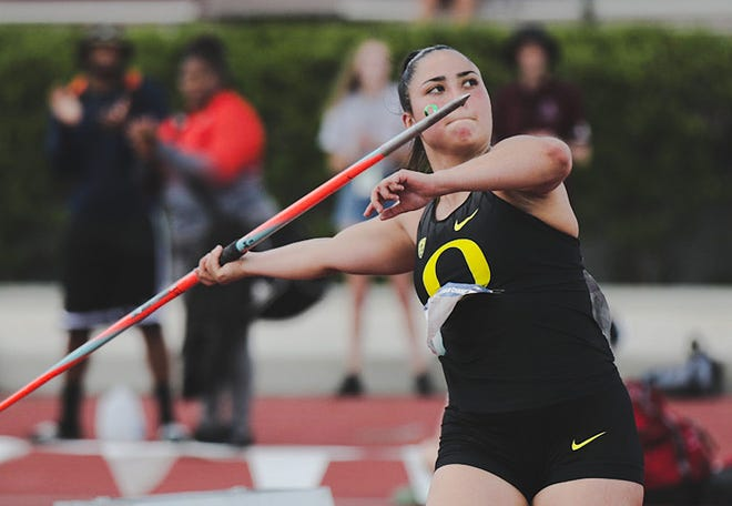 Senior javelin thrower Lauri Paredes was one of five Oregon athletes who qualified for the national championship meet Thursday during the first day of the women's NCAA West Preliminaries in College Station, Texas.
