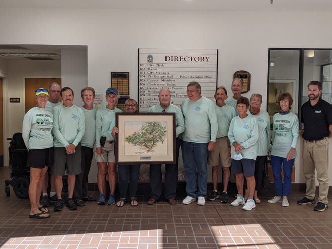 Venice Area Beautification Inc. received the Outstanding Project award on May 25 from the Florida Urban Forest Council for the Venice Urban Forest.