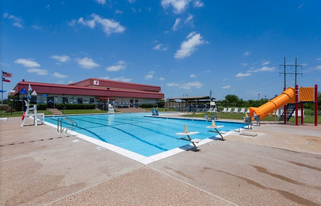 The Waxahachie YMCA will hold free swim assessments on Saturday from 11 a.m.-1 p.m. Parents can sign up at ymcadallas.org/swim and bring in their children to the YMCA, where a licensed swim instructor will evaluate each child's swim skills and determine which level of swim lessons they should be enrolled in.