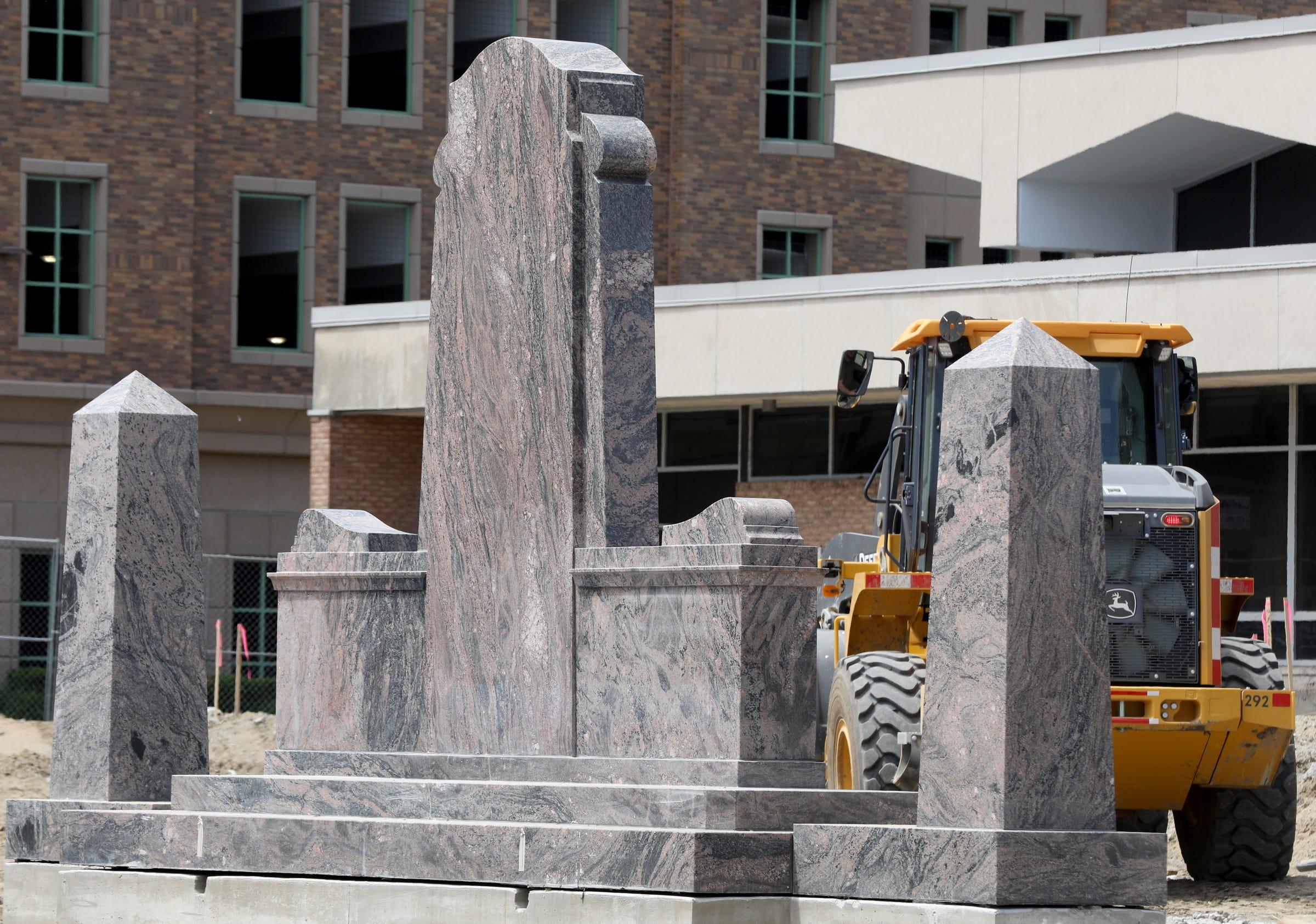 Court says Royal Oak veterans' quest to undo war memorial move can go on city ballots