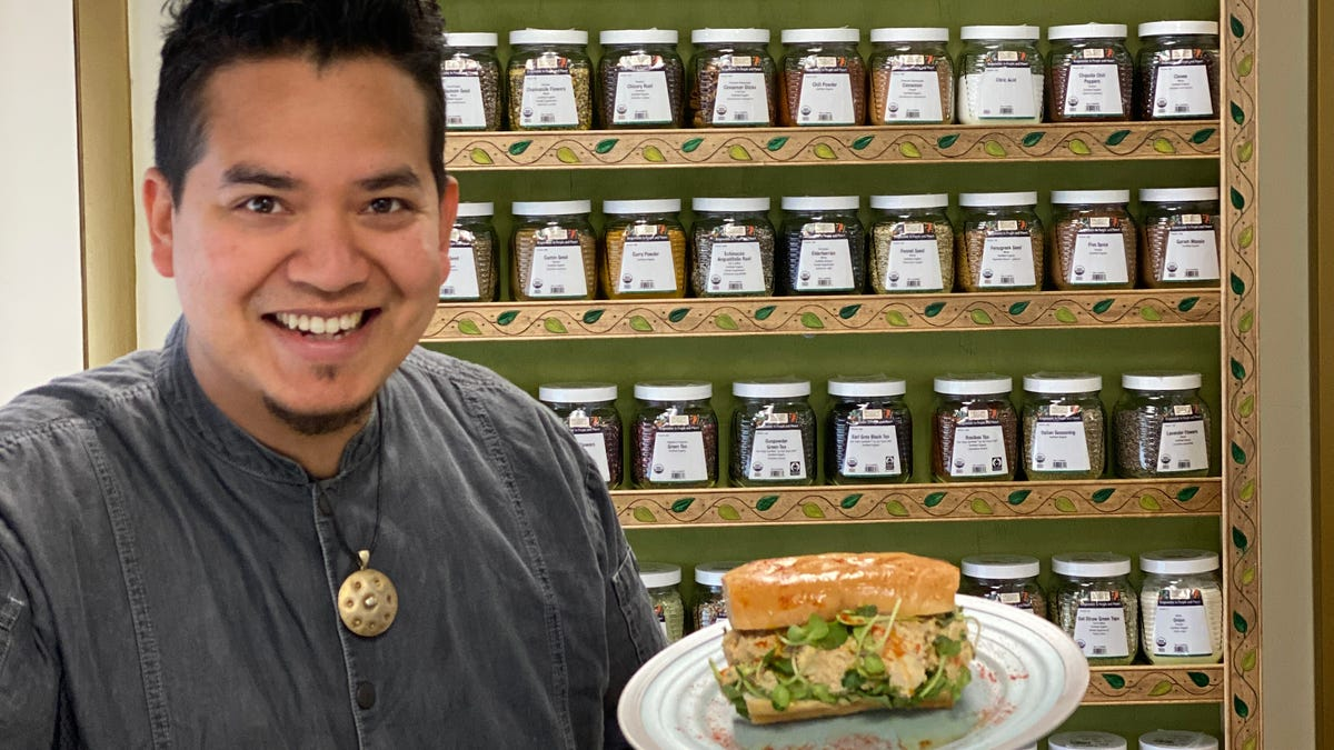 Aratham now open in Troy with organic, vegan, grab-and-go meals 1