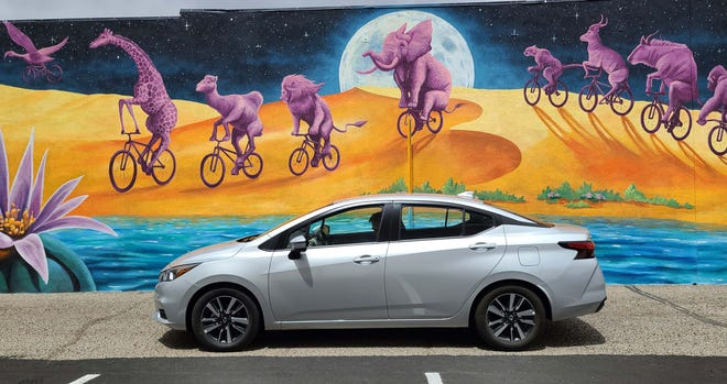 Stylin'. The 2021 Nissan Versa shows off its pleasant curves in the artsy town of Tucson, Arizona.