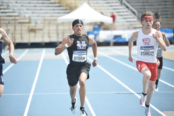 Mount Union's  Jared Storm finished third in the men's 400-meter dash in a career-best 46.96 seconds Saturday at the NCAA Division III Outdoor Track and Field Championships.