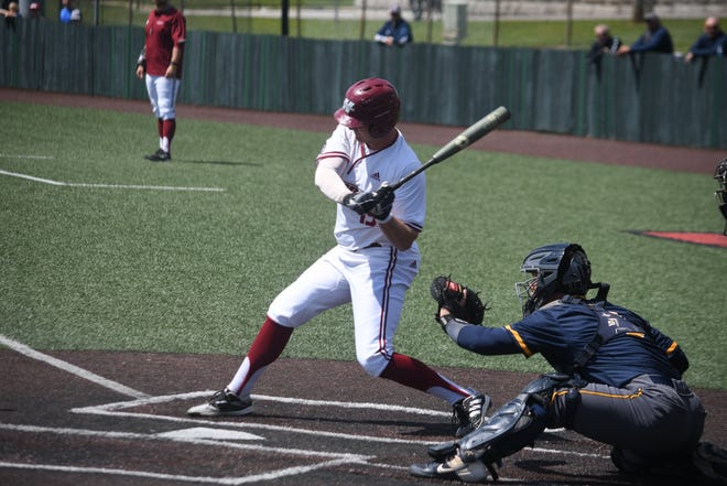 Henderson State ousted Augustana from the D2 tournament with an 8-7 win Saturday in Warrensburg, Mo.