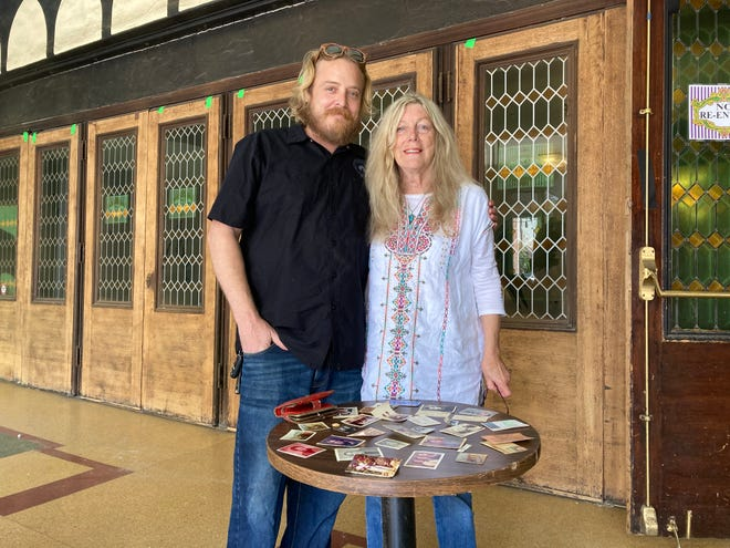 Tom Stevens and Colleen Distin met last week at the Majestic Ventura Theater after he recovered her wallet and photos that had been lost since 1975.