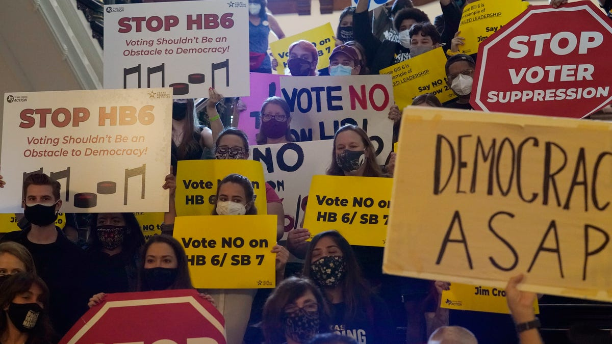 Texas GOP's restrictive voting measures on the verge of final vote 3