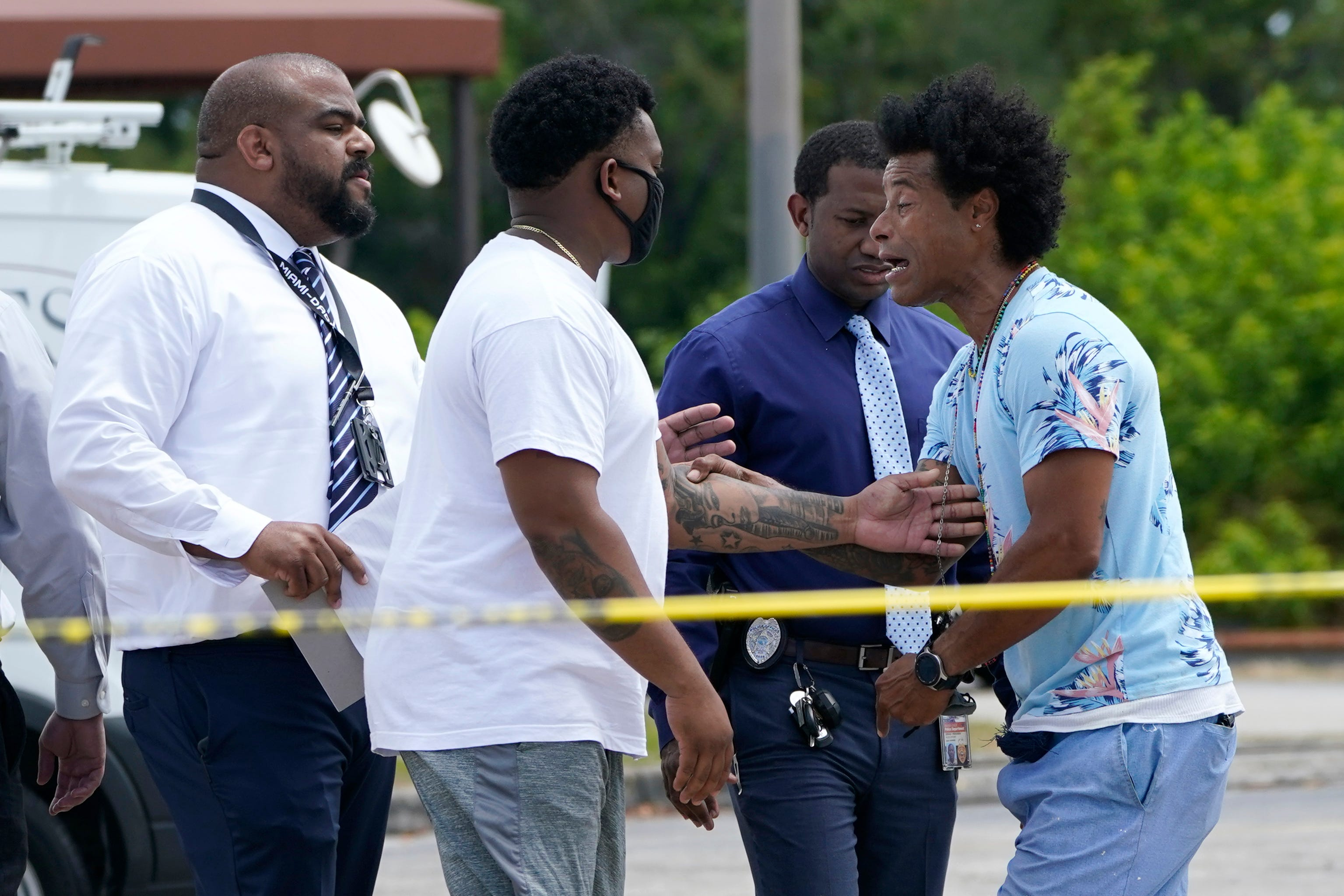 'Cowardly act': Two dead, more than 20 injured in Miami-area shooting; $125,000 reward offered for help in finding killers 3
