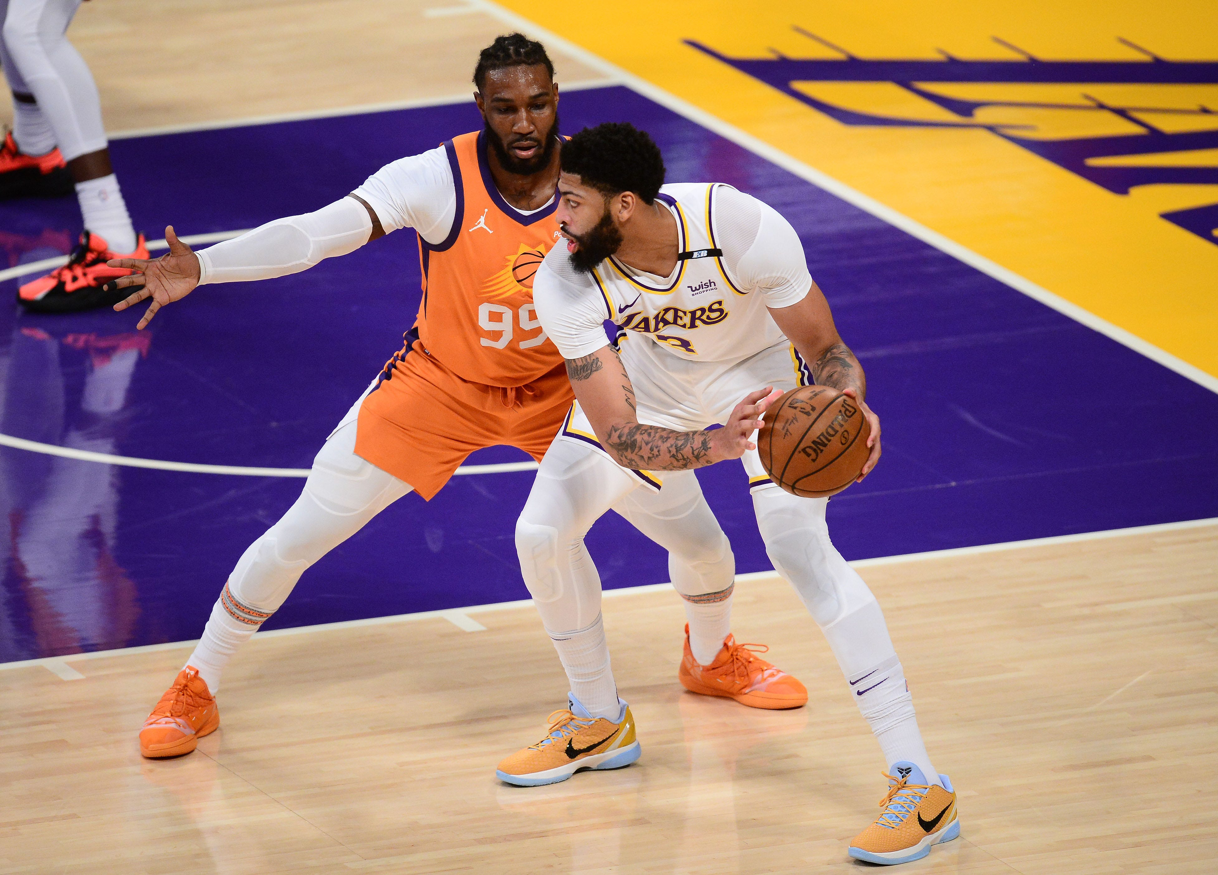Suns 100; Lakers 92:  Anthony Davis misses second half of Game 4 loss with groin muscle injury