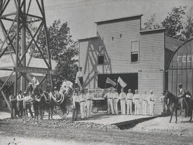 The first fire station and city hall were located in the 100 block of south Bell Street, near the end of the block, south of the old Mammoth Department Store. Just beyond the fire station stood the city hall, behind which was a small one-room structure that served as a city hall. This photo shows how they appeared in June of 1896.