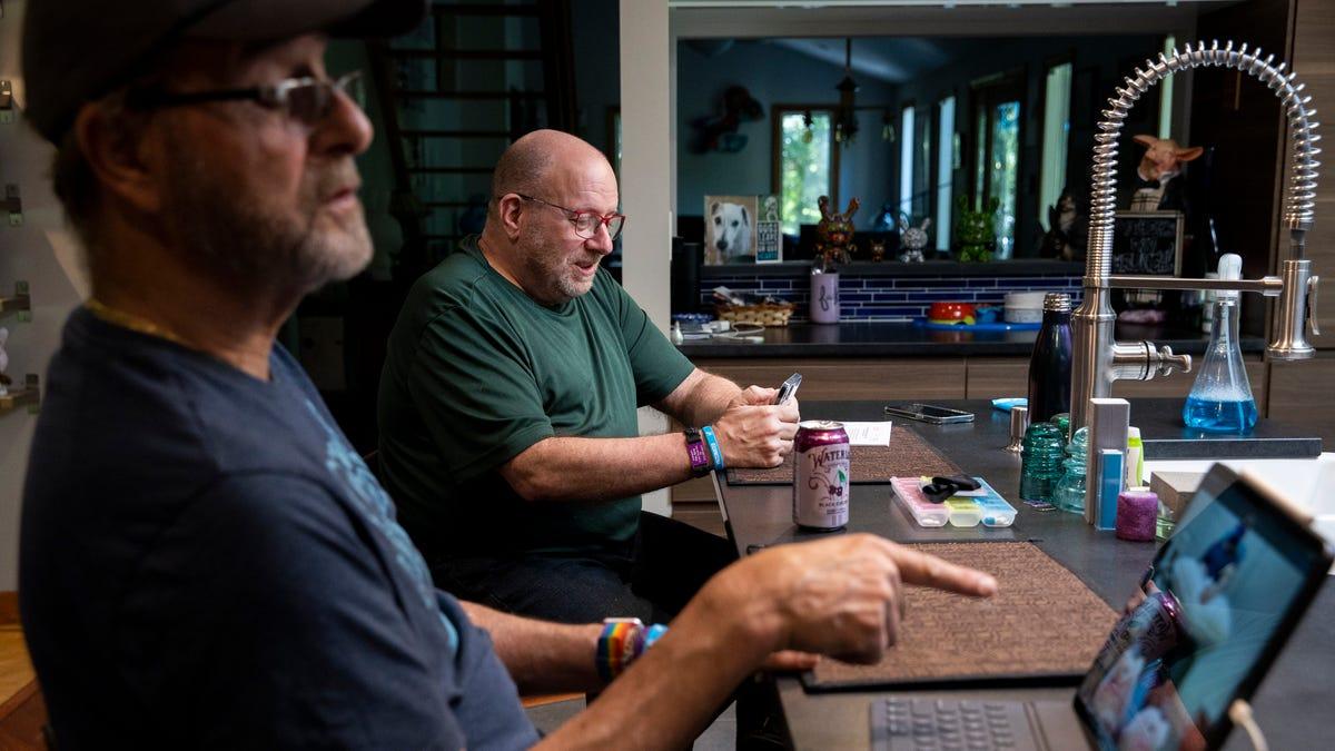 Alzheimer's drug sparks emotional battle as FDA nears deadline on whether to approve 1