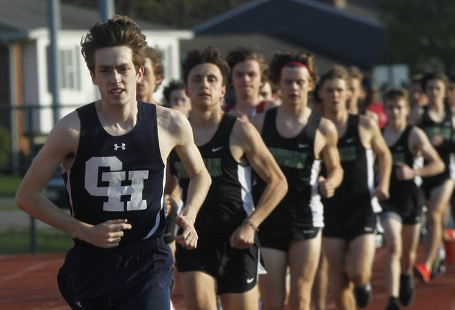 Derek Amicon of Grandview took second at the Division III regional meet in the 800 and 1,600 meters with times of 1:59.54 and 4:25.17, respectively.