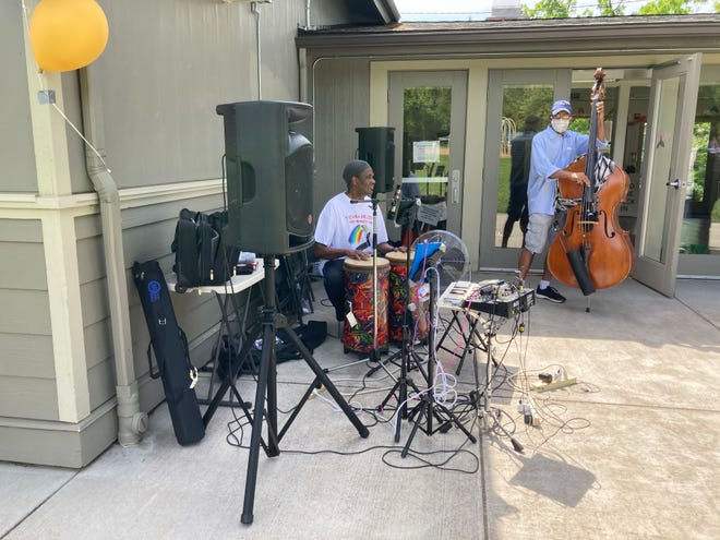 The local NAACP branch hosted its 10th annual community BBQ on Memorial Day with live music, free food, free books and around 50 people in attendance.
