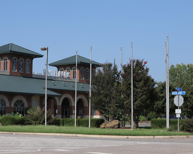 A flag display at Riverfront Park in Fort Smith that was put up in October 2001 and taken down in April 2020 is set to fly flags of the five branches of United States military service. Prior to April 2020, the display was of flags from Spain, France, the United States of America, and the Confederate States of America.