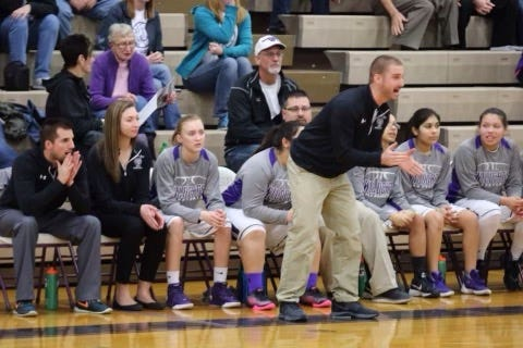 Ryan Goltz has been hired as the new Seymour girls basketball coach.