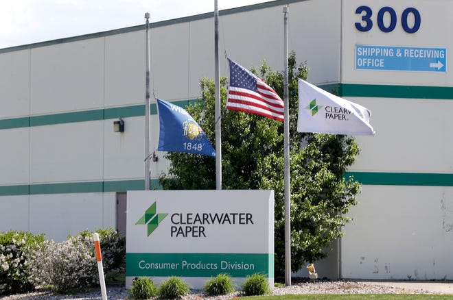 The Clearwater Paper Corporation announced the indefinite closure of its plant at 249 N. Lake St. in Fox Crossing.