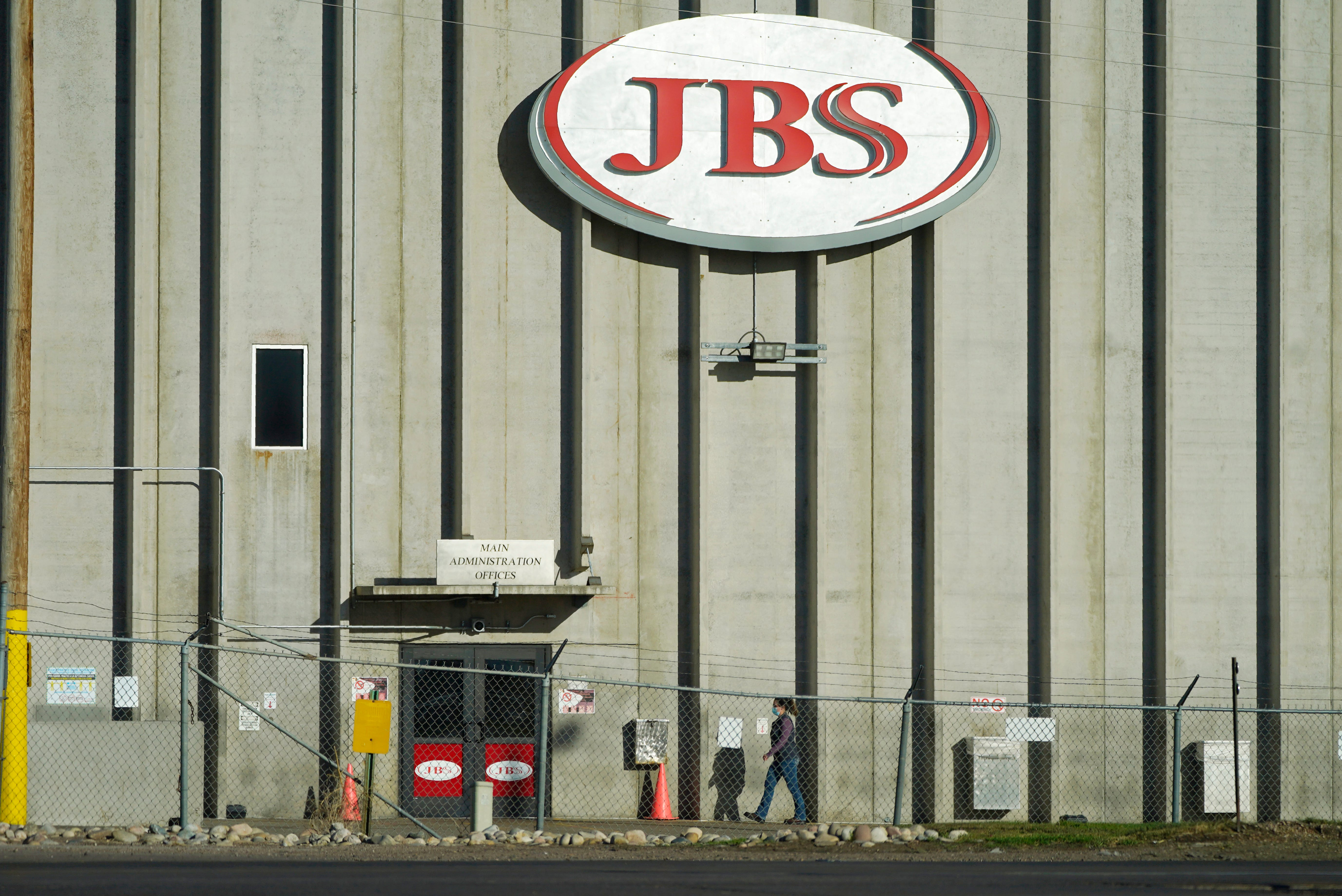 JBS USA reportedly shuts down nine beef plants after cyberattack. 'Vast majority' of plants to be open Wednesday