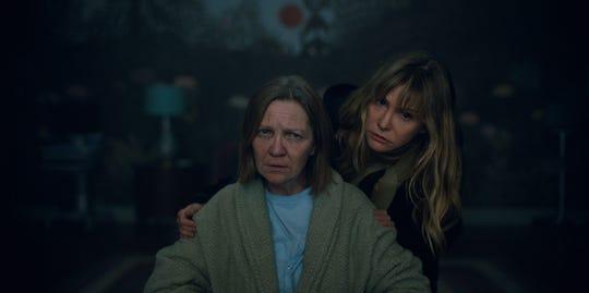 "Darla (Jennifer Jason Leigh, right) looks after her catatonic sister Amanda (Joan Allen) in ""Lisey's Story."""
