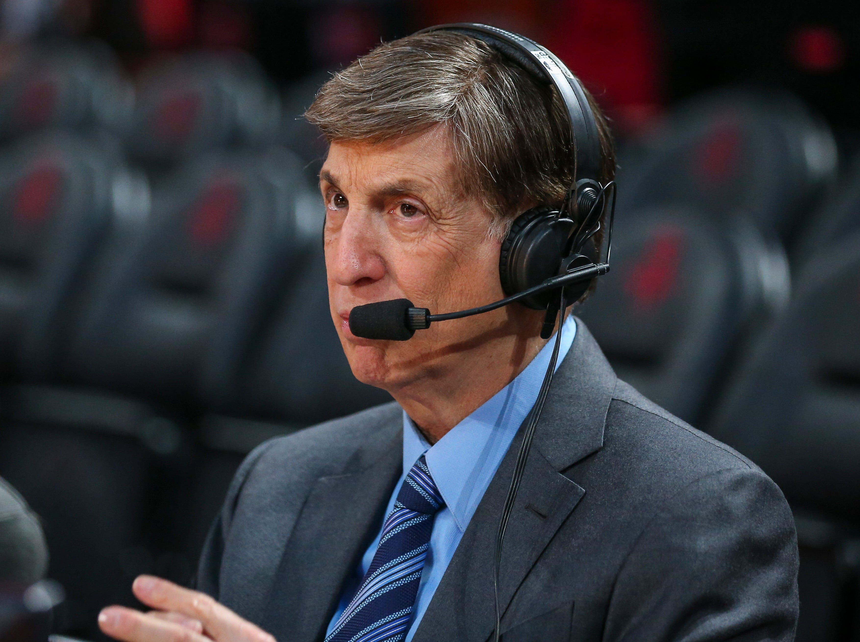 Marv Albert on calling Knicks-Hawks game onsite, Reggie Miller-Trae Young vs. Knicks, recent fan incidents and why he s retiring
