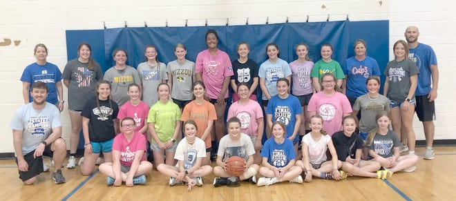 The Lady Pirate Basketball Program held their annual Youth Basketball Camps this week at LSE. There were over 35 campers signed up for the 3-5 grade camp along with 31 for the 6-7 grade camp. The younger camp focused on teaching basketball skills such as shooting, dribbling, passing, rebounding, and defense through fundamental stations. The 3-5 grade campers also took part in 1v1 and 3v3 games along with a couple shooting competitions. The 6-7 grade campers also focused on fundamental skills then incorporated those skills in different small-sided games including 1v1, 3v3 and 4v4. The small sided games also helped introduce offensive concepts that they will focus on when in High School. Everyone had a great 3 days being around their friends while playing and learning the game of basketball.
