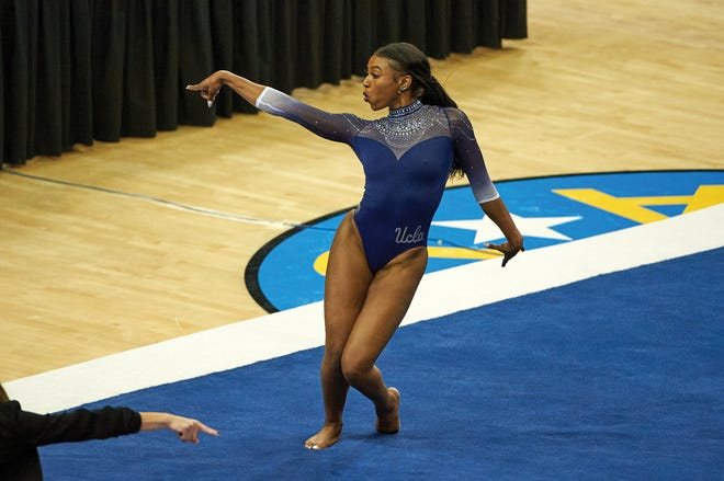 Nia Dennis during her floor exercise against Arizona State on Jan. 23